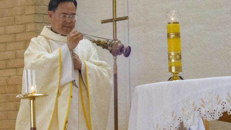 Første katolske messe i Udland kirke.