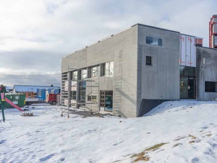 Snart er de nye lokalene i Rossabø klare