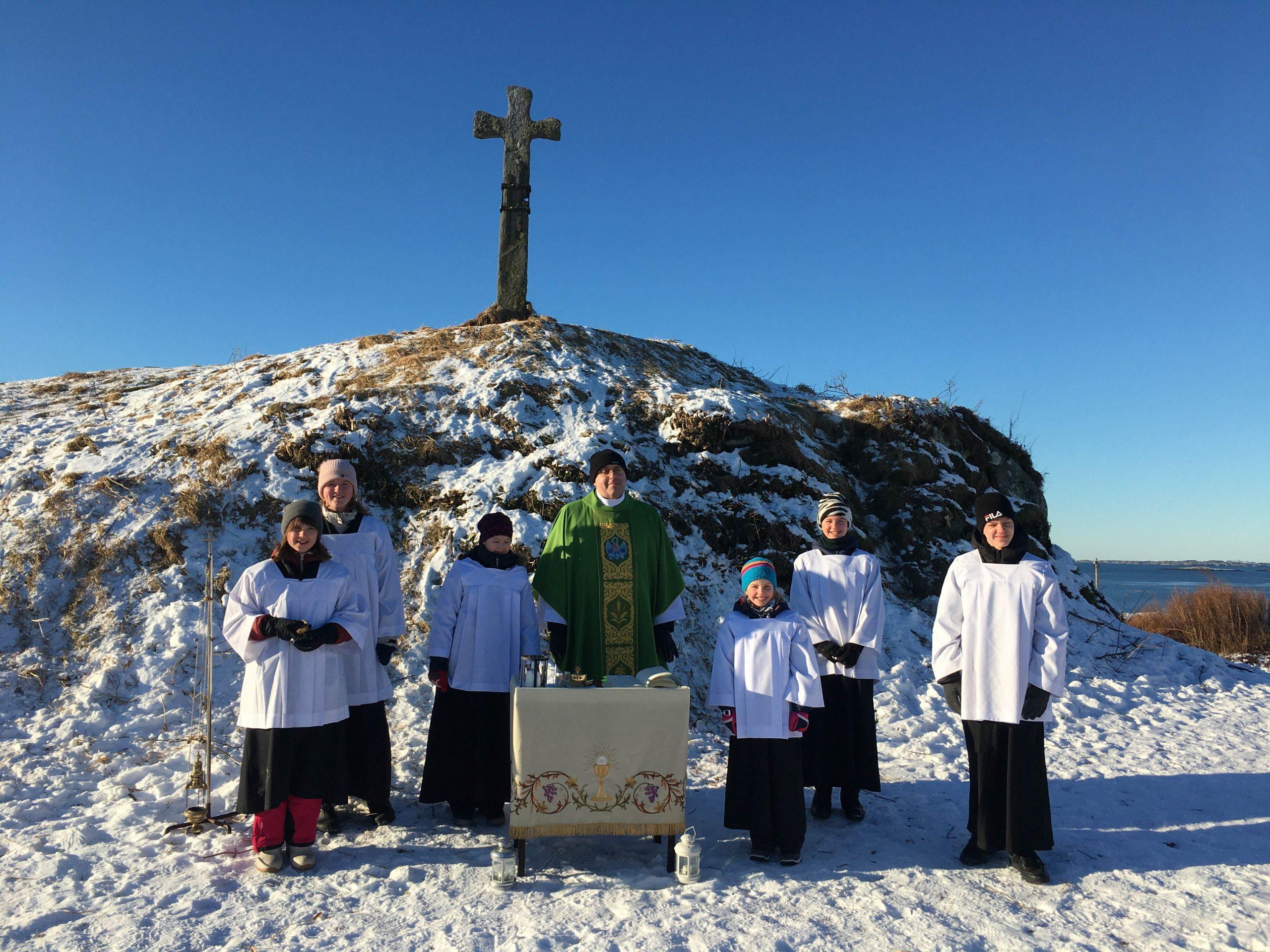Katolsk messe på Krosshaugen.